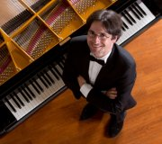 Amabile col museo: Ensemble in residence / solista: Denys Masliuk, pianoforte